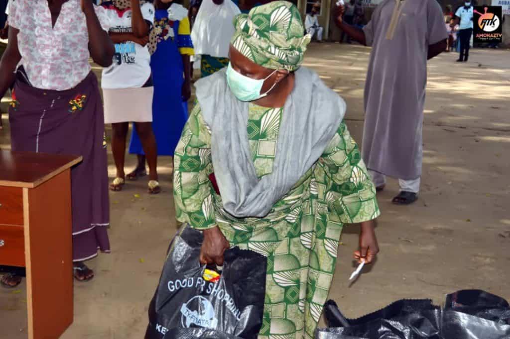 Agbara Estate - Covid relief corona food help assistance